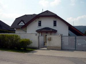 Pro tento rodinný dům ve Vraném nad Vltavou jsme připravili kompletní odborný posudek Nová zelená úsporám